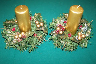 christmas gold color candle wallpaper
