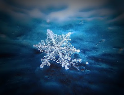 Christmas Snowflake free wallpaper download