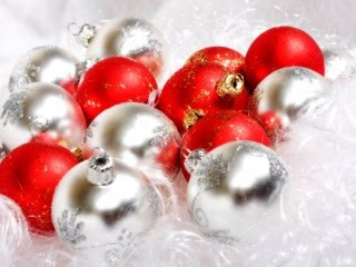 Red And White Christmas Wallpapers