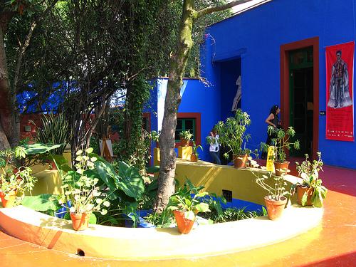 Coyoacan mexico museo frida kahlo la casa azul www for La casa azul decoracion