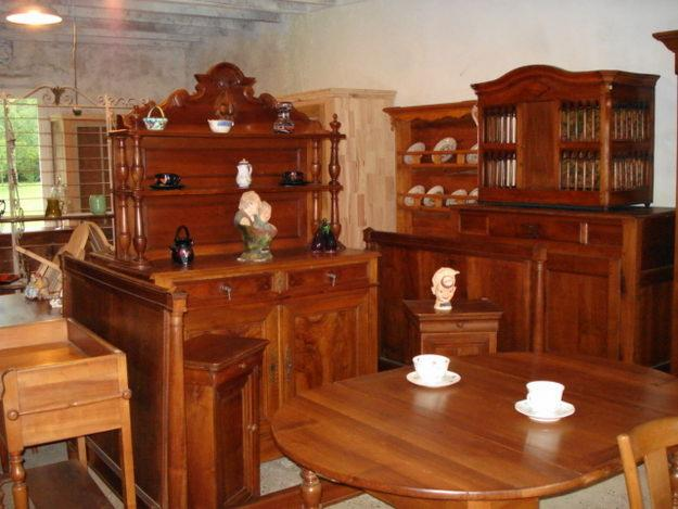 le bon coin des meubles anciens sur leboncoin fr. Black Bedroom Furniture Sets. Home Design Ideas