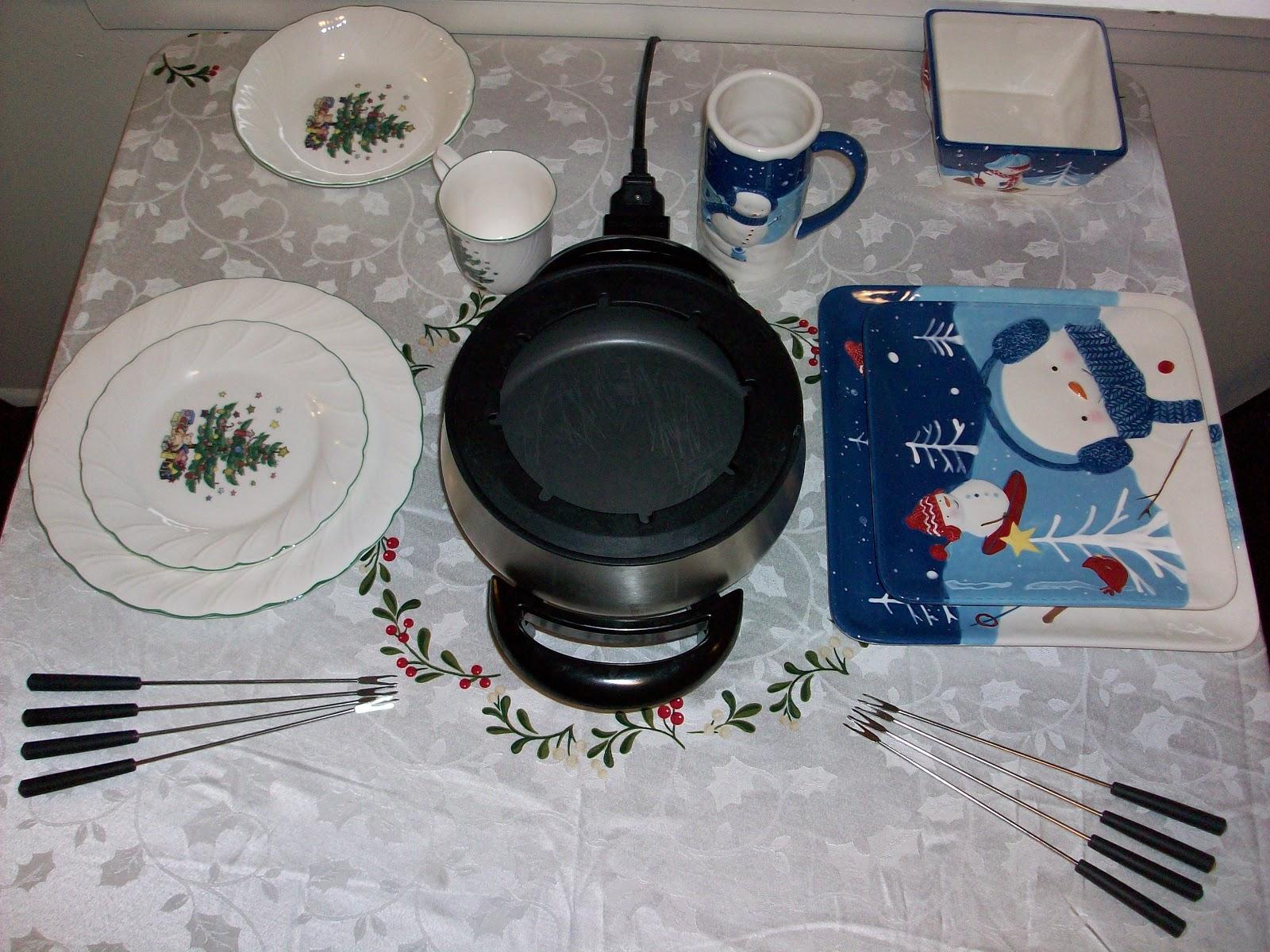 Who\'s the Voss?!?!: Fondue Christmas Eve Dinner! (So Far...)