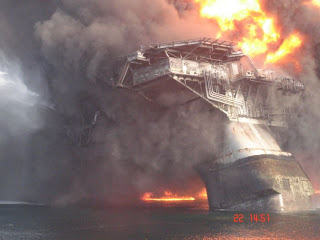 images of foto modu deep water horizon pada saat terbakar wallpaper
