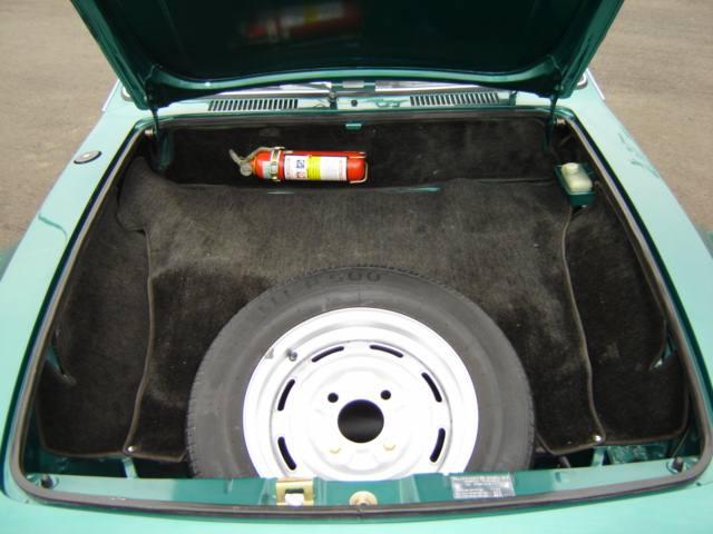Porta-malas dianteiro do Volkswagen SP2