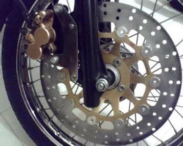 Danur Modifikasi: Piringan Cakram Lebar Untuk Sepeda Motor