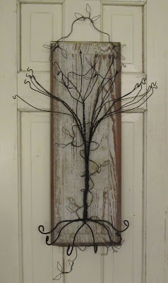 Sassytrash primitive jewelry tree for How to make a wire tree jewelry stand