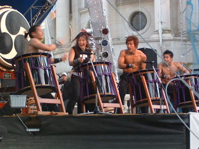 Japanese tau drummers in Aotea Square