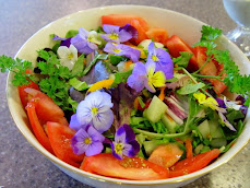 Green Salad with Violas