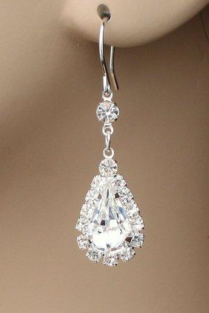 http://4.bp.blogspot.com/__vUbiVbEQVo/SxEV8KAMWLI/AAAAAAAAAB0/lBuz_O6 P_N0/s1600/earrings_jewelry_m.jpg
