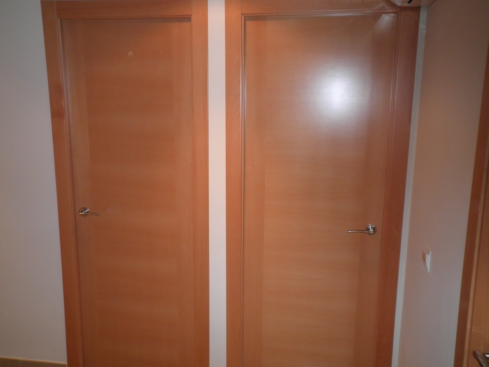Decoraciones sahuquillo puertas haya mod h for Puertas de aluminio para cuartos
