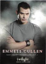 Emmett Cullen (Kellan Lutz) - O mais forte dos Cullen, mas não tem poder.