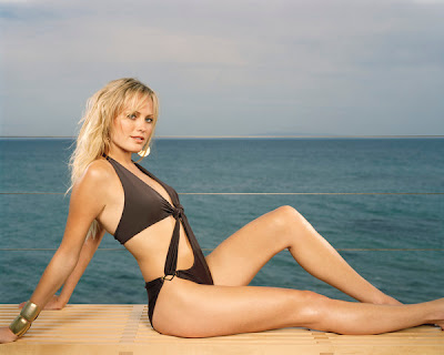 malin akerman maxim. Malin Akerman