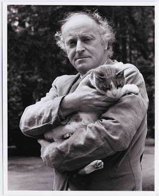 Joseph Brodsky and his cat, photographed by Julia Schmalz
