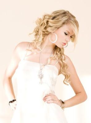 >>>Album de cissy<<< Taylor-swift-sexy-photo-shoot