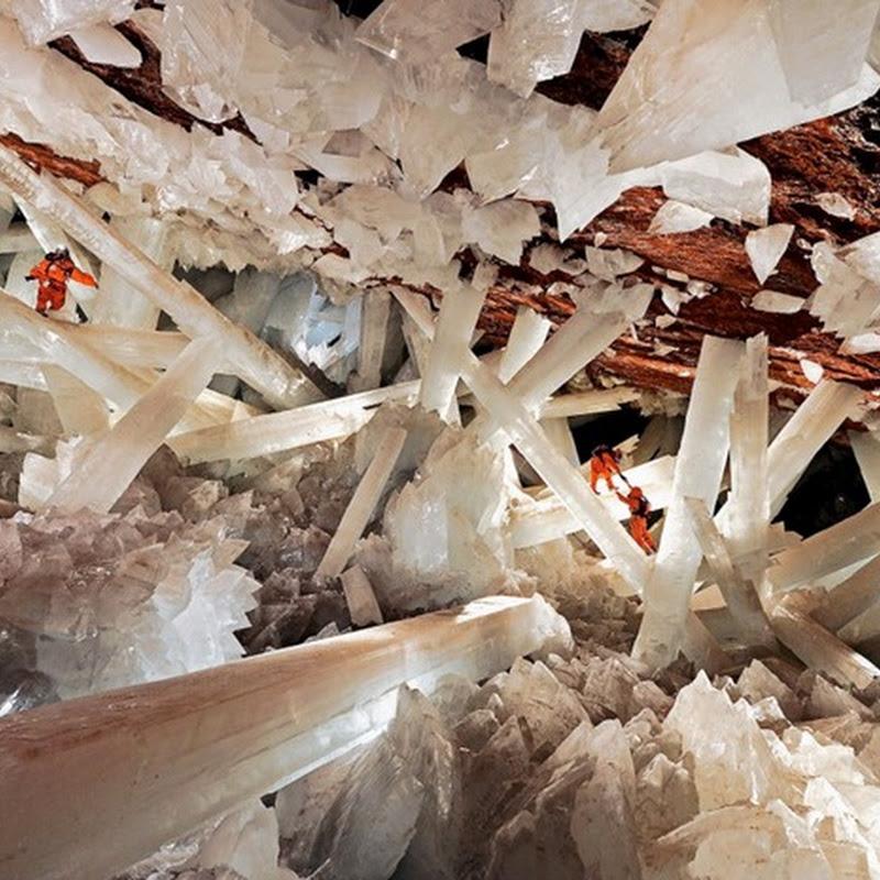 Keajaiban Dunia Giant Crystal Cave