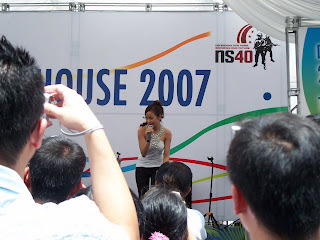 Fiona Xie Singing at Navy Open House 2007 - Picture 3