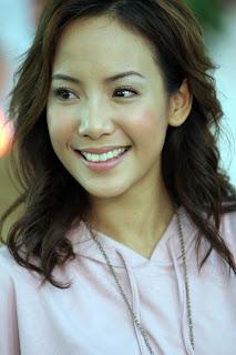 Feminine Fiona Xie