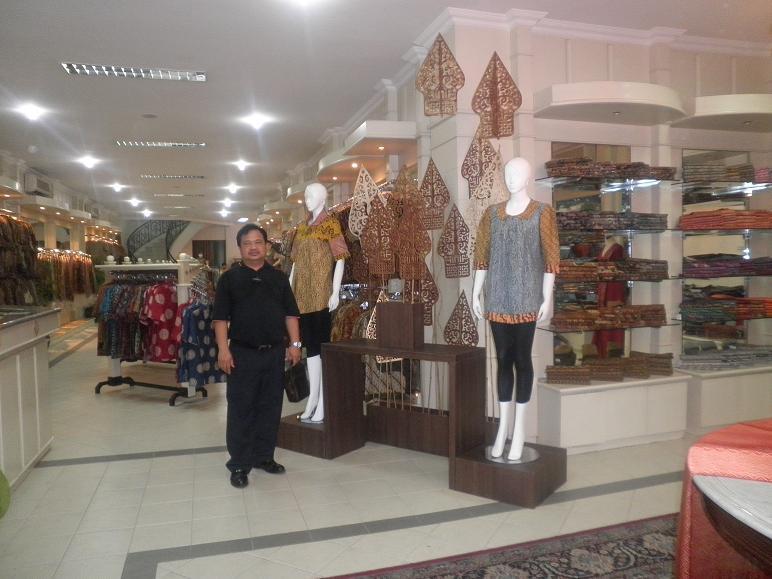 NORIZAN BIN BESAR: Melancong ke Jakarta dan Bandung, Indonesia