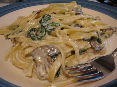 Spinach &amp; Mushroom Fettuccine Alfredo