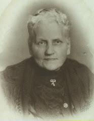 5.002.Bentine Marie Adolph (1845.1927) ca.1905