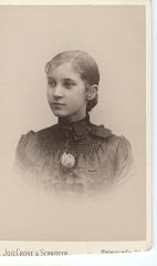 Fanny som konfirmant 1889
