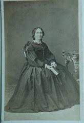 Ipsens enke, Louise Christine Bierring som ældre