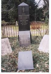 J.D.S.Adolph og Marie Camilla Adolphs gravsted i København