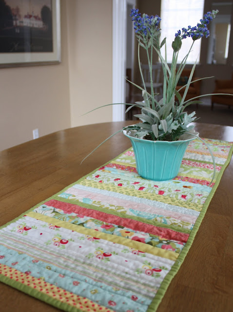 Easy DIY Quilted Table Runner | Tutorial | Diary of a Quilter