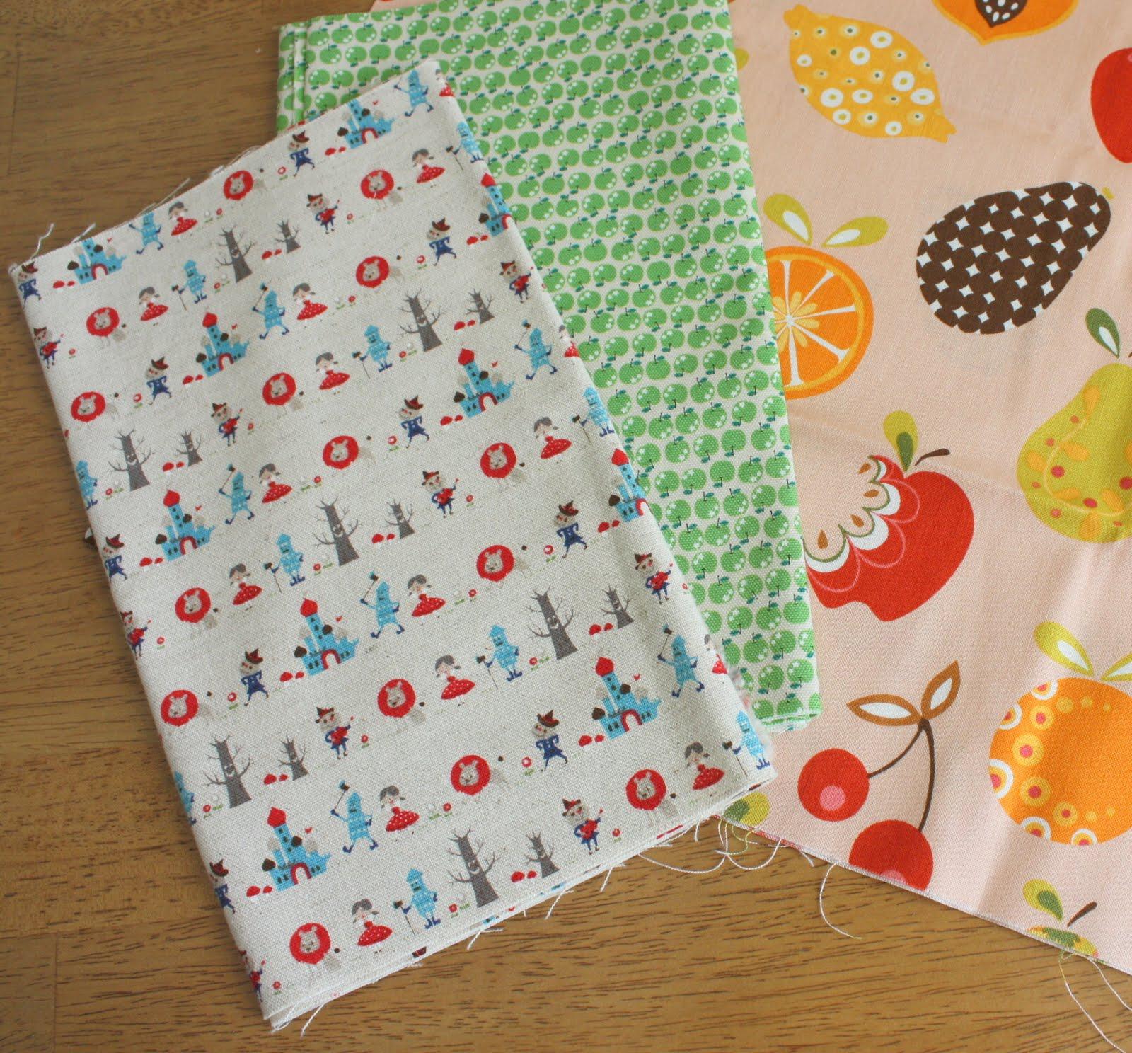 http://4.bp.blogspot.com/_a3FBeRh8M2U/TDQE0SZQMBI/AAAAAAAAEGc/5JXPFyVgV0s/s1600/Japanese+fabrics.JPG