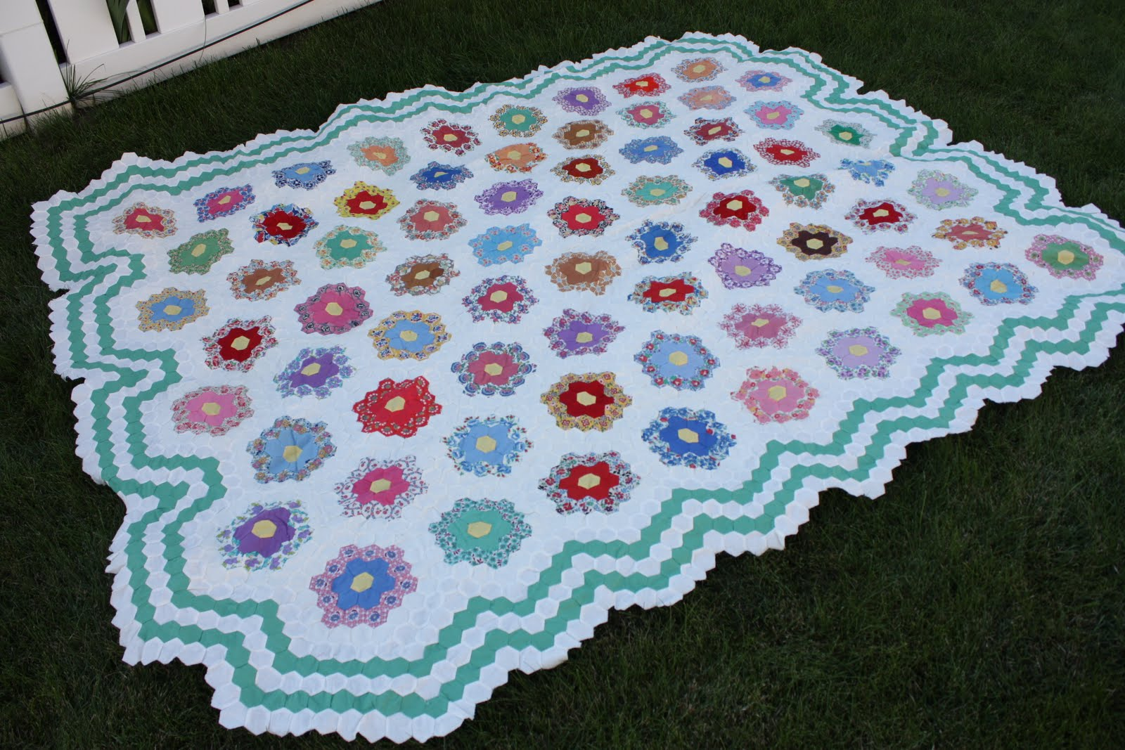 Grandma's Flower Garden Quilts - Pinterest / Home