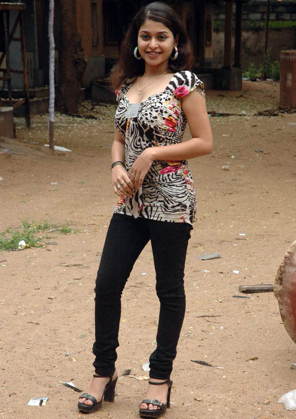 Actress Naga Sri Hot Stills, Telugu Actress Naga Sri Photo