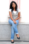 Anjali Most Cute Looking Stills Gallery-thumbnail-5