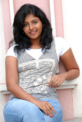 Anjali Most Cute Looking Stills Gallery-thumbnail-4
