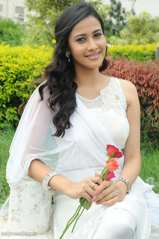 Panchi Bora Cute Looking Pics in White Dress sexy stills
