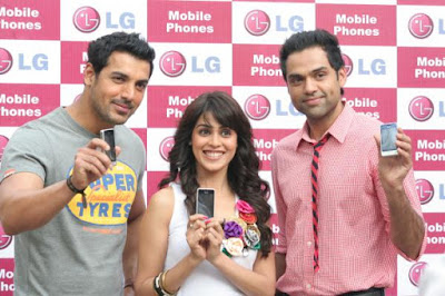 John Abraham, Genelia D'souza & Abhay Deol Promote LG Mobiles