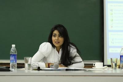 Shriya Saran lectures Ahmedabad at IIM