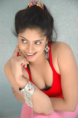 Actress Reshma