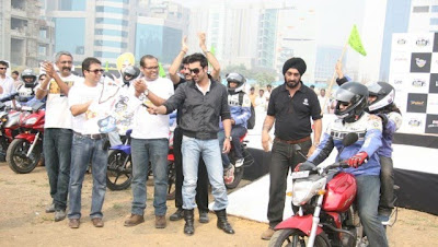 Ranbir Kapoor Flags off Bigadda Yamaha India Bike Rally