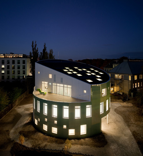 [Sustainable-Green-Architecture-by-Danish-Architect-Christensen.jpg]