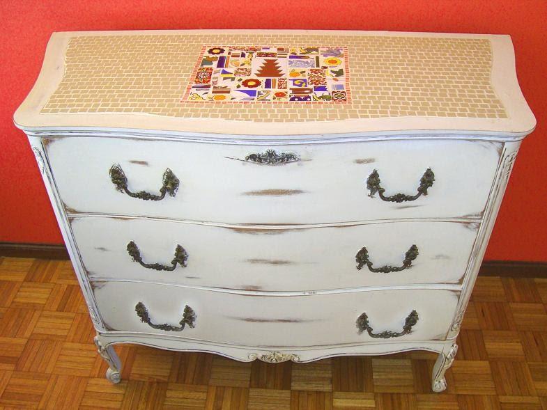 Viejos son los trapos muebles reciclados combinados con for Muebles antiguos reciclados