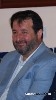 Seguidamente toma la palabra el señor portavoz del grupo municipal popular D. Juan M. Avila Gutiérrez manifestando en primer lugar que se ha de respetar lo ... - juan-avila-%252Bgutierrez-pp%252B-carmona-dignificar-concejal-