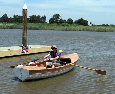 John Welsfords Walkabout Is A Boat For Cruising Under Oars And Sail It Has Very Appealing Combination Of Length Easy Rowing Man Size Flat