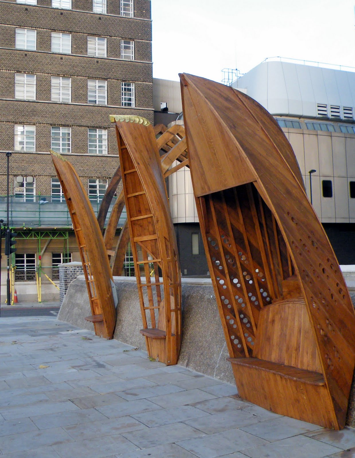ROWING FOR PLEASURE Boats as street furniture