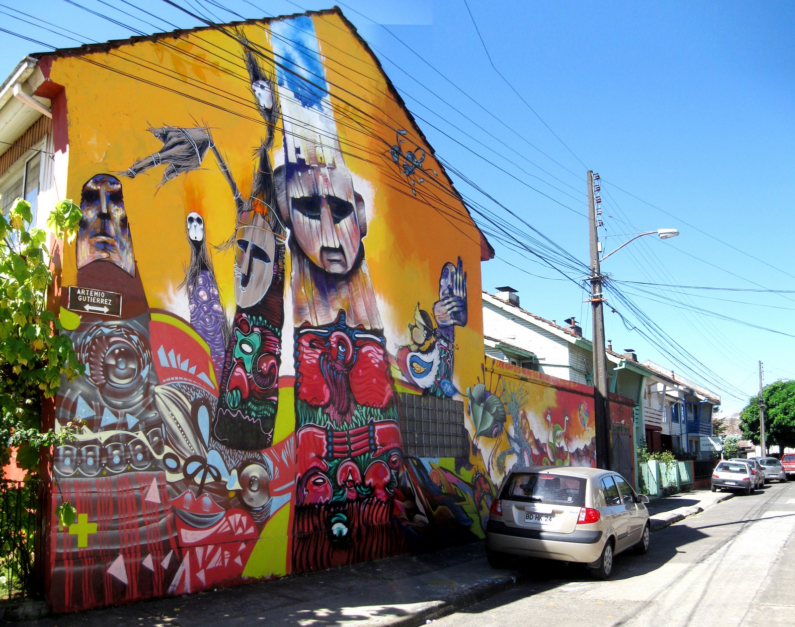 [temuco_mural_lateral_tourSur_09.jpg]