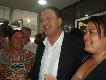 Esposas e Eduardo Campos