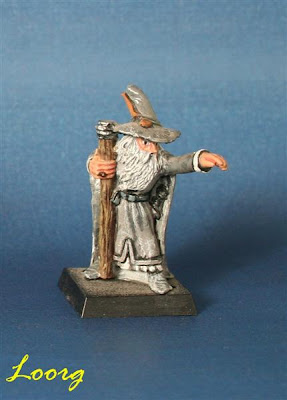 Gandalf pintado de gris