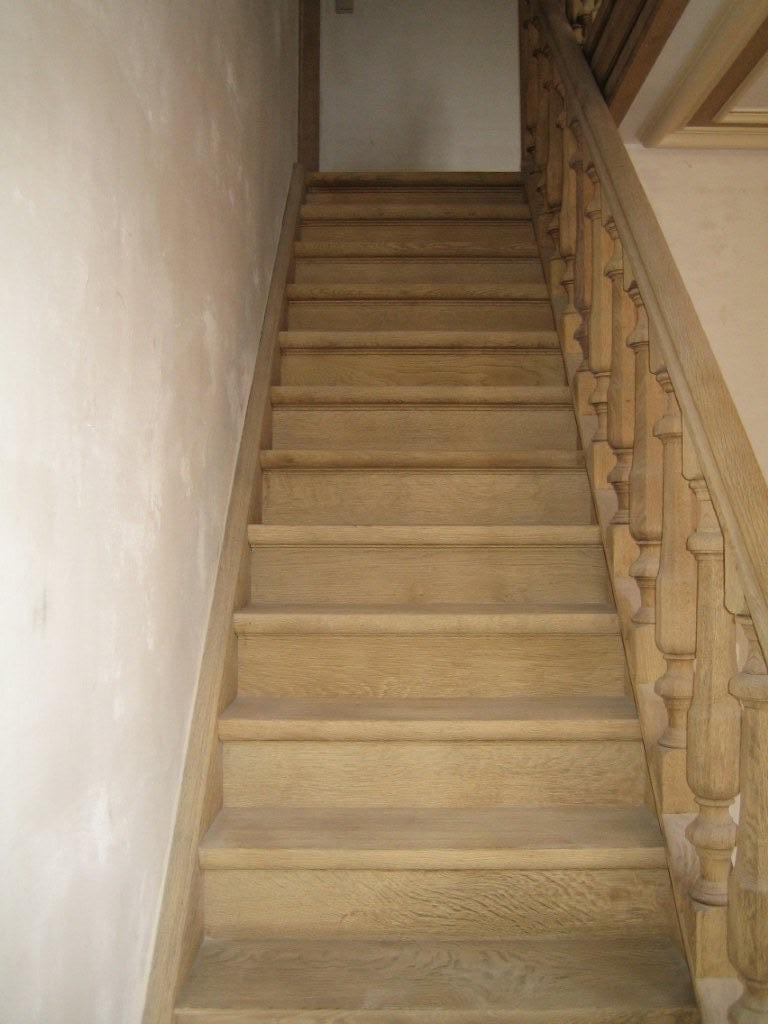 Trappen zandstralen en verwijderen van verf en vernis zandstralen van eiken trappen - Versier een trap ...