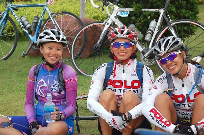 Las niñas que pedalean con nosotros