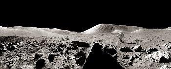 Foto panorámica de la Luna