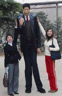 hombre mas alto